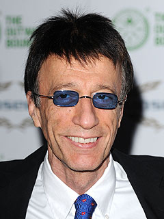 Bee Gees Singer Robin Gibb Says He's on the 'Road to Recovery'