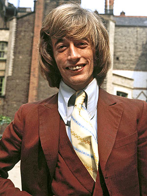 Robin Gibb Has Pneumonia, Is in a Coma | Robin Gibb
