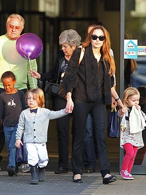 Angelina Jolie Takes the Kids Out with Brad Pitt's Parents | Angelina Jolie