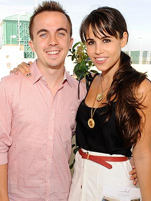Frankie Muniz Is Engaged | Frankie Muniz