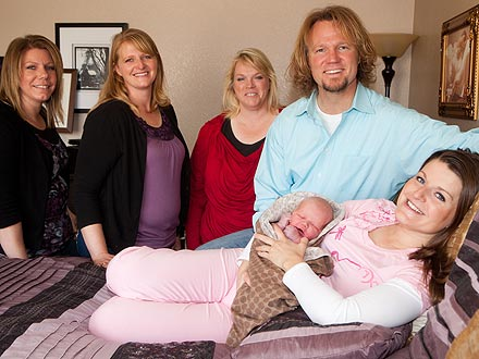 Sister Wives Baby's First Photos| Sister Wives, TV News, Christine Brown, Janelle Brown, Kody Brown, Meri Brown, Robyn Brown