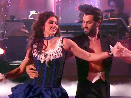 Dancing with the Stars Performance: Maksim Chmerkovskiy Makes Nice