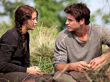 Hunger Games Sneak Peek: Who's Behind That Crazy Hair?| The Hunger Games, The Hunger Games, Movie News, Elizabeth Banks, Jennifer Lawrence, Individual Class