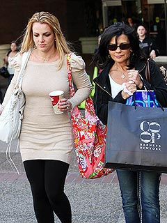 What's on Britney Spears's Holiday Shopping List? | Britney Spears, Lynne Spears
