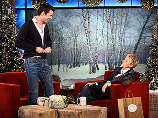 X Factor Host Steve Jones Hears Voices – and They're Rude! | Ellen DeGeneres, Steve Jones
