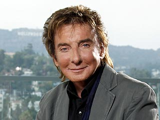 Barry Manilow Jokes About Bursitis Surgery | Barry Manilow