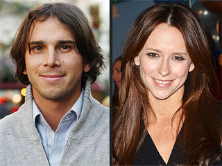 Bachelor Ben Explains Why He Turned Down Jennifer Love Hewitt