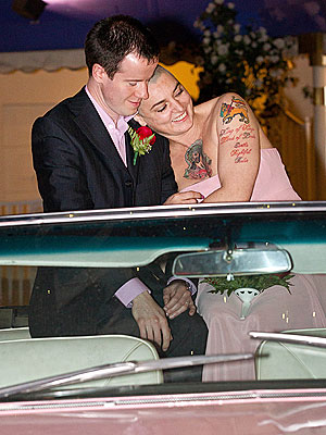 Sinead O'Connor Weds in Las Vegas| Weddings, Las Vegas, Sinead O'Connor