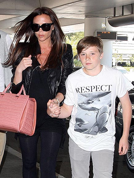 R-E-S-P-E-C-T TEE photo | Victoria Beckham