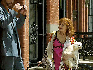 Susan Sarandon&#39;s Dog Makes a Cameo on SNL
