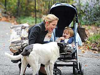 Kelly Rutherford&#39;s Dog Bosses Her Kids Around | Kelly Rutherford