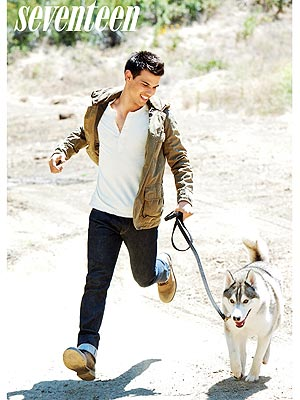 PHOTO: Taylor Lautner Gets in Touch with His Inner Wolf | Taylor Lautner