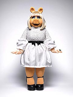 So Foo-Foo! Miss Piggy Gets Dressed in Designer Duds