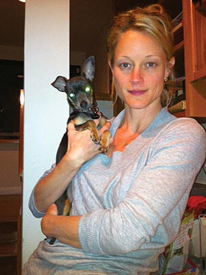 Teri Polo Rescues a Dog – and Three Cats! | Teri Polo
