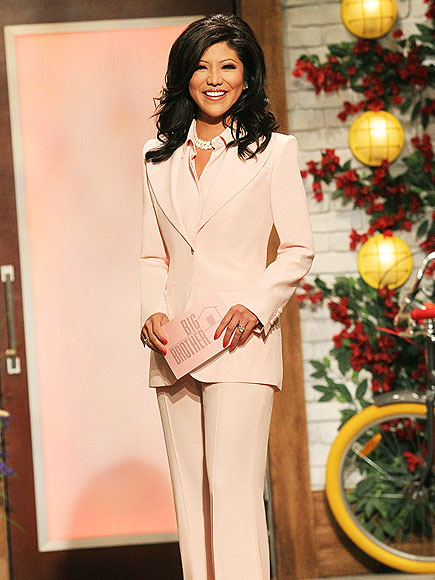 Which memorable houseguest got smacked in the head by host Julie Chen?