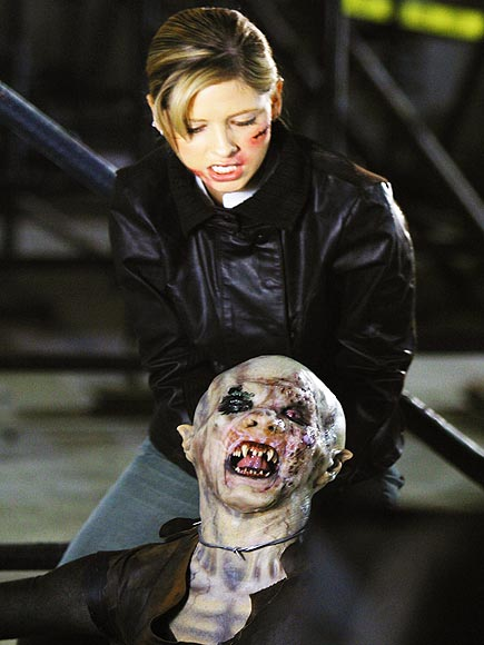 Sarah Michelle Gellar famously hunted the undead in Buffy the Vampire Slayer. What's her role in Ringer