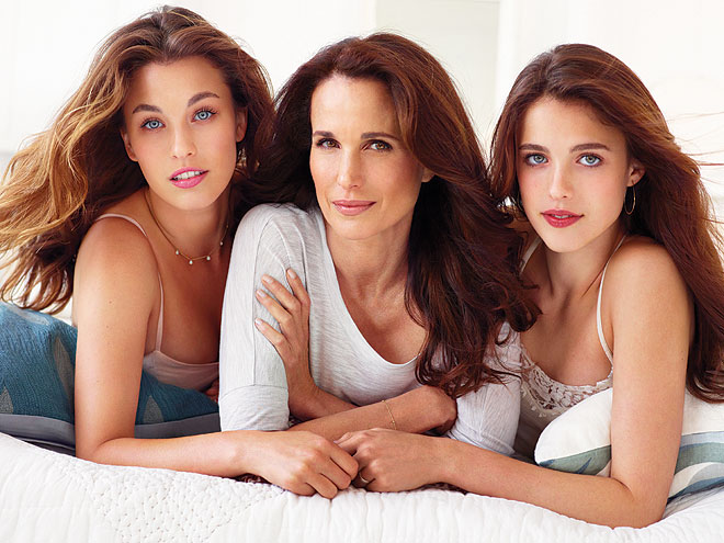 ANDIE, RAINEY & MARGARET  photo | Andie MacDowell