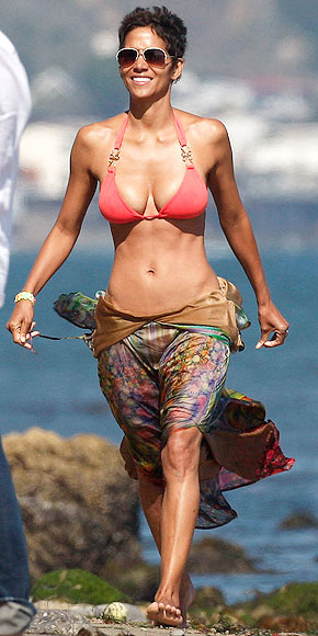 HALLE: BIKINIS AFTER 40