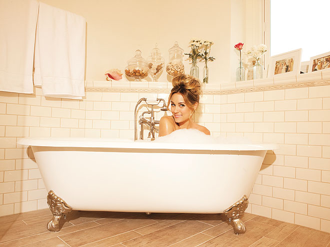 LAUREN'S BATHROOM photo | Lauren Conrad
