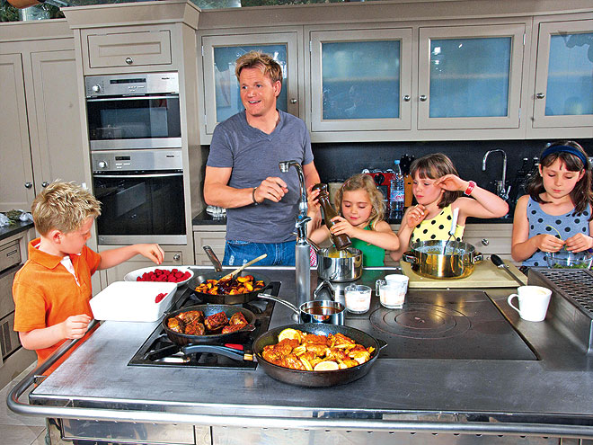 pics for gt gordon ramsay home kitchen