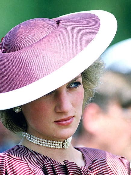 Diana, Princess of Wales wears a 'flying saucer' hat by Frederick Fox during the Royal Tour of Italy, 1985