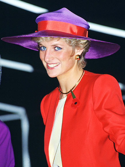 TWO-TONE TOPPER photo | Princess Diana