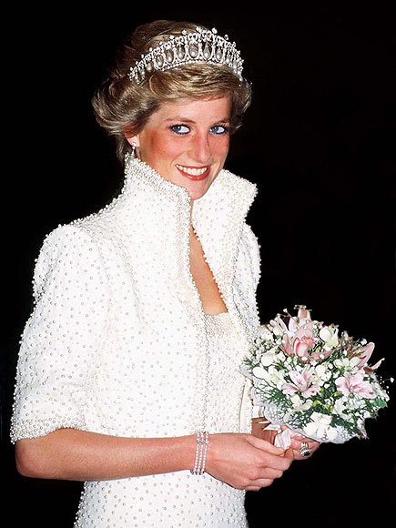 A Vision in White photo | Princess Diana
