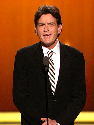 Charlie Sheen Pays Tribute to Two and a Half Men Cast at Emmys | Charlie ...