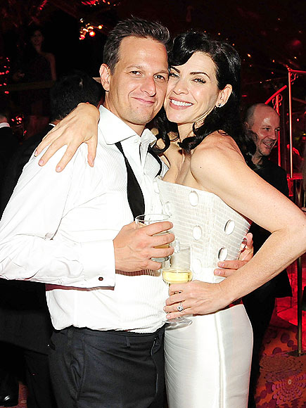 JOSH CHARLES & JULIANNA MARGULIES  photo | Josh Charles, Julianna Margulies