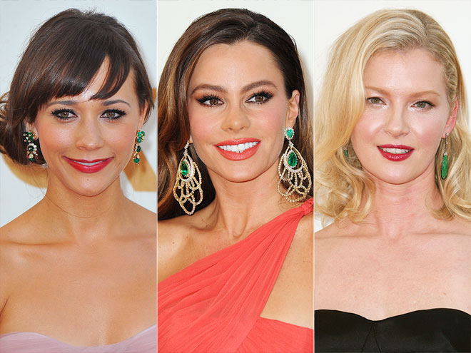 GREEN EARRINGS photo | Gretchen Mol, Rashida Jones, Sofia Vergara