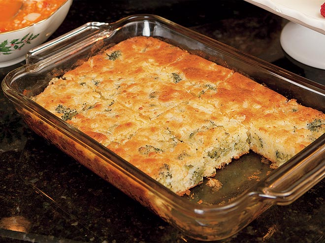 SCOTTY MCCREERY'S BROCCOLI CORNBREAD