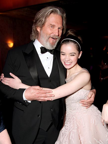SWEET SQUEEZE photo | Hailee Steinfeld, Jeff Bridges