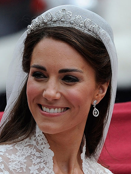 'HALO' TIARA photo | Royal Wedding, Kate Middleton