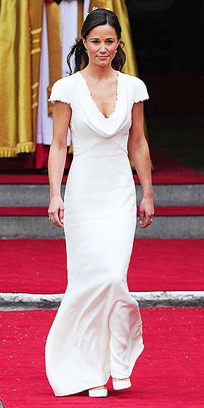 PIPPA'S GOWN: WHITE HOT photo | Royal Wedding