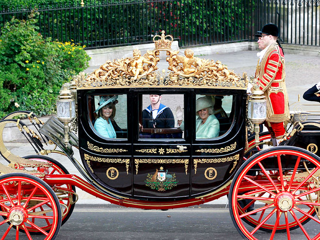 SEMI STATE LANDAU CARRIAGE