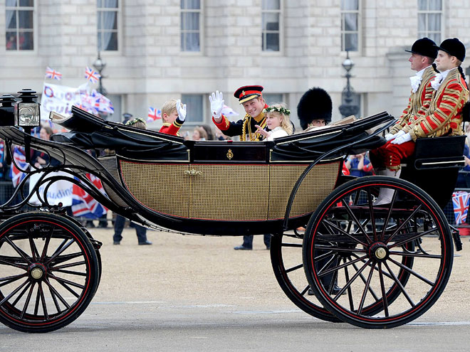 ASCOT LANDAU CARRIAGE