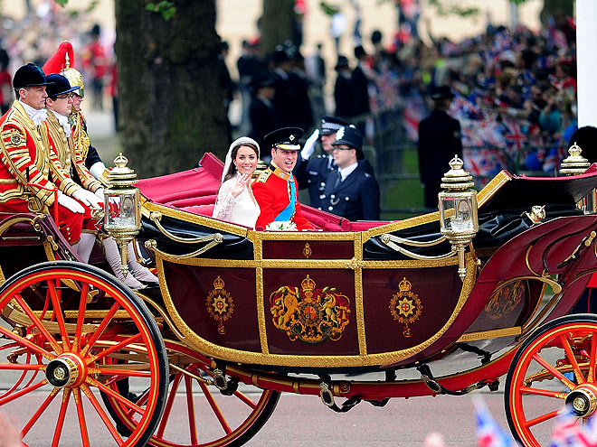 STATE LANDAU CARRIAGE  photo  Kate Middleton, Prince William