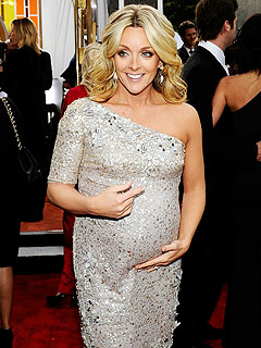 Jane Krakowski Craving Juice During Her 'Trendy' Pregnancy