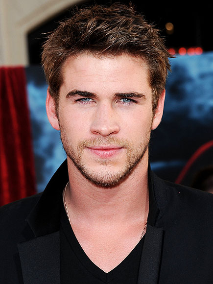 LIAM HEMSWORTH, 21