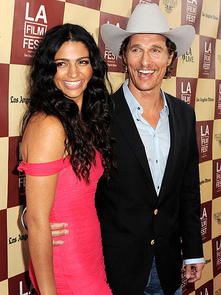 CAMILA ALVES