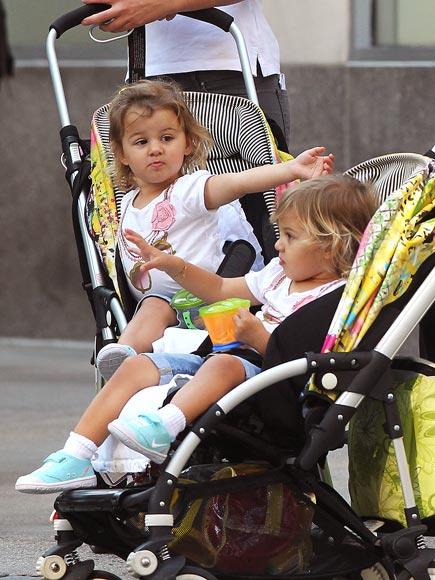 WHAT GWEN GAVE ROGER photo   Roger Federer