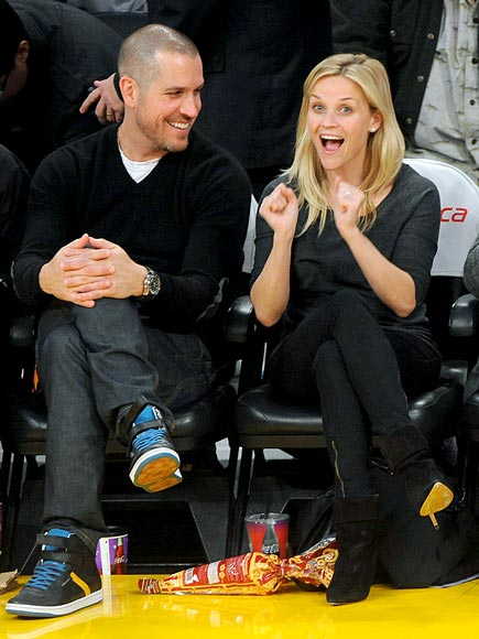 'RING'-SIDE SEATS