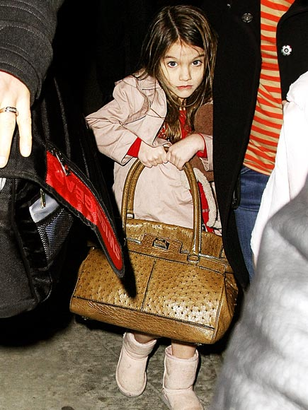 IN THE BAG photo | Suri Cruise