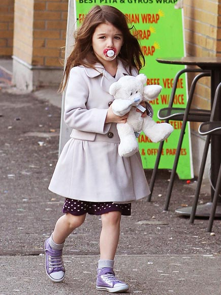 BINKY WEAR  photo | Suri Cruise