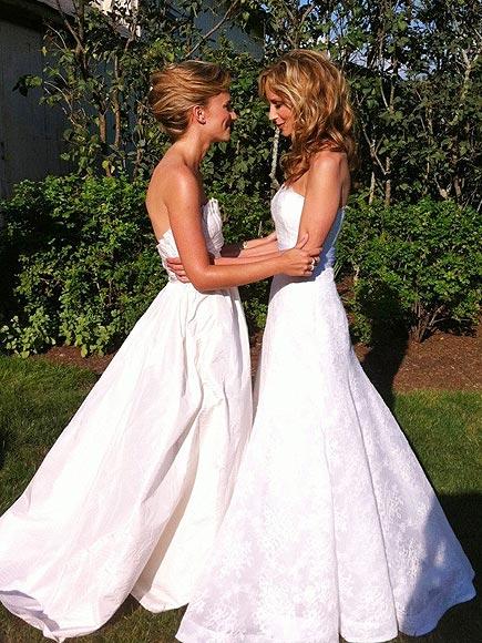 CHELY & LAUREN photo   Chely Wright