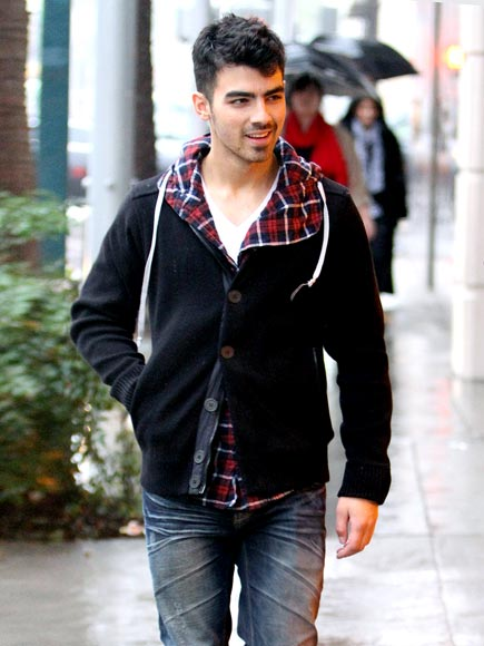 DROPPIN' CASH