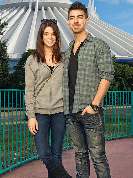MAKING MAGIC photo | Ashley Greene, Joe Jonas