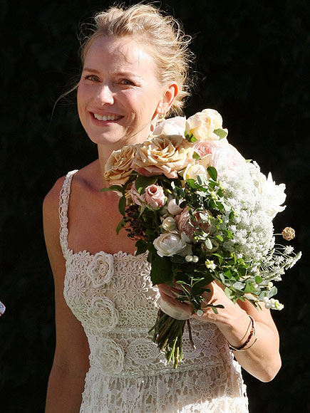 FLORAL DISPLAY photo | Naomi Watts