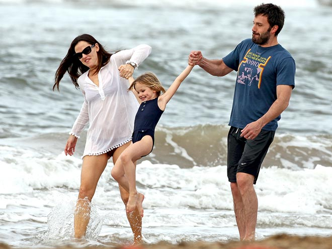 HOP TO IT photo | Ben Affleck, Jennifer Garner