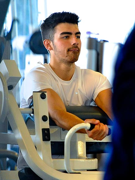 WORTH HIS WEIGHT photo | Joe Jonas